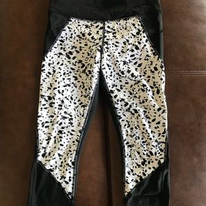 Crop work out pants
